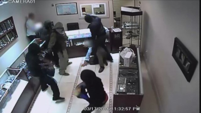 Surveillance video released of armed robbers storming mall for Jewelry stores in gwinnett county ga