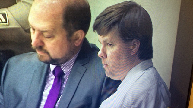 Justin Ross Harris in court with Attorney Bryan Lumpkin (Source: WGCL)
