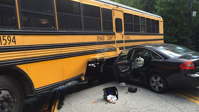 One person is in critical condition after a bus crash in DeKalb County, along Pleasantdale Rd. (SOURCE: DeKalb County officials)