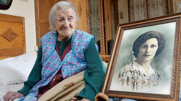 At 117, Emma Morana is reportedly the world's oldest living person. (SOURCE: kglobal)