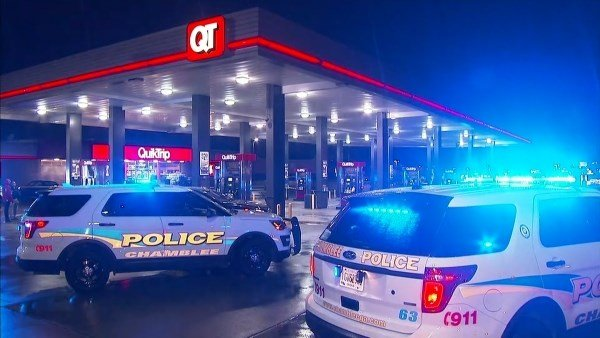One person died after they were shot at a QuikTrip station in Chamblee early Thursday morning December 29, 2016. (SOURCE: WGCL)
