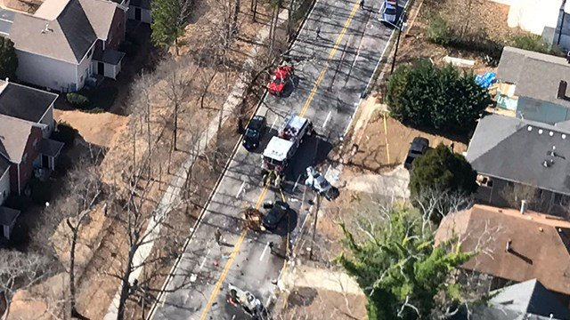 A fatal accident in SE Atlanta Friday afternoon, January 27, 2017. (SOURCE: WGCL)