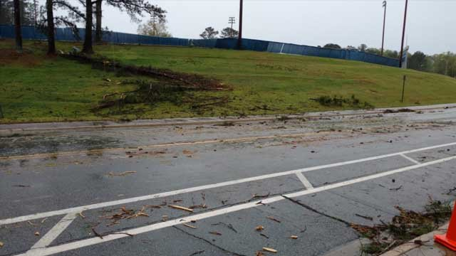 Weather damage on the campus of Univeristy of West Georgia | Source: CarrolltonGA Traffic