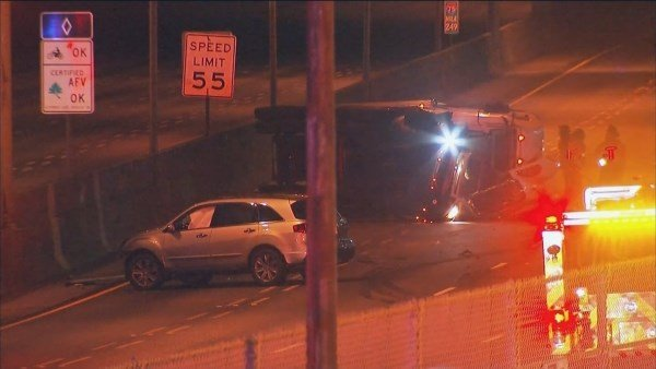 Chemical spill closes all lanes of downtown Atlanta freeway