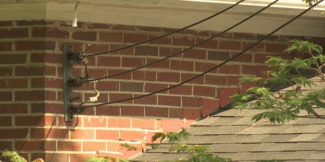 unbraided wires are more vulnerable to problems (WGCL)