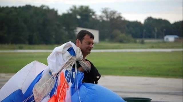 Georgia man dies in Monroe skydiving accident