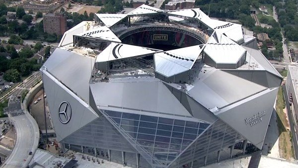 Falcons won't be able to open stadium roof for first games