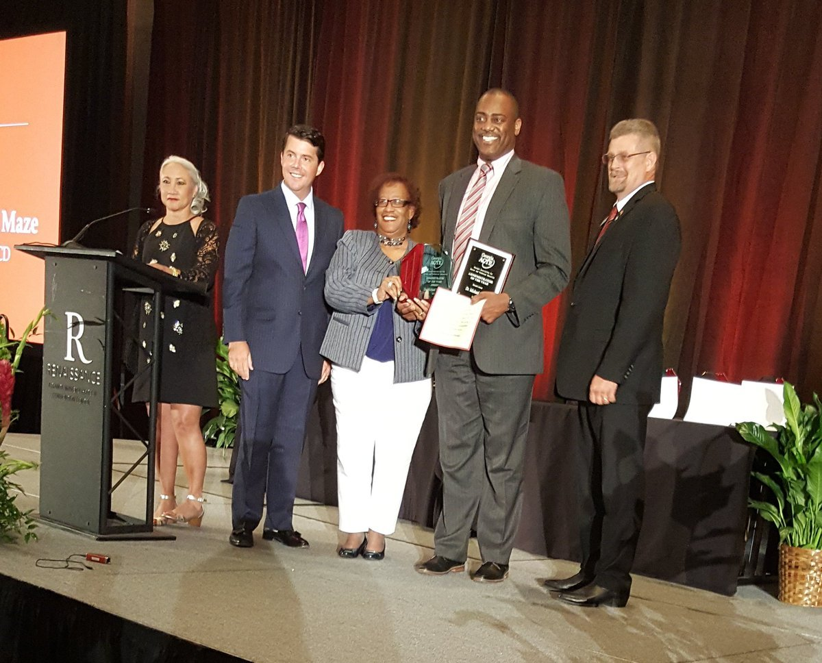 The Georgia Association for Career and Technical Education (GACTE) recognized Atlanta Public Schools' Michael Maze as the 2017 recipient of the Administrator of the Year Award.