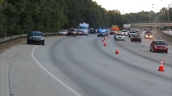 Badly decomposed body found off I-20 in Georgia