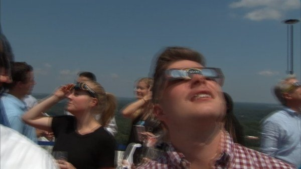 How to tell if the solar eclipse damaged your eyes