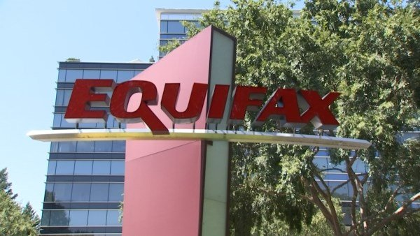 Equifax chief information officer, chief security officer announce retirement after data breach