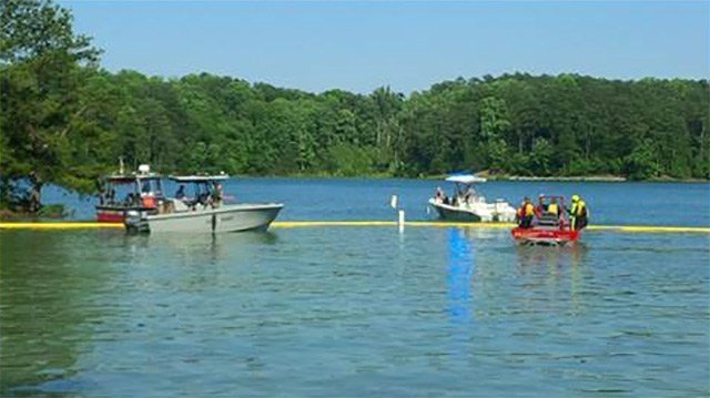 green lake catholic single men Being single in the catholic church can  to the national shrine of our lady of good help near green  enjoy boating on lake minnetonka or a river.