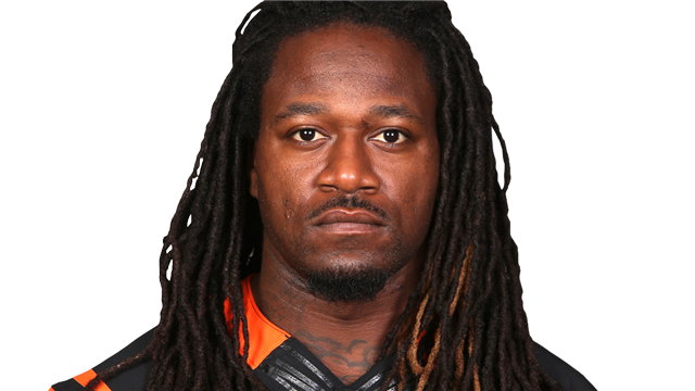 National Football League  player Pacman Jones attacked by employee at airport