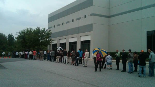 Line at Carter's job fair