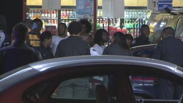 Joe Holland/CBS Atlanta- Police surrounded an adjacent convenience store after the fight.