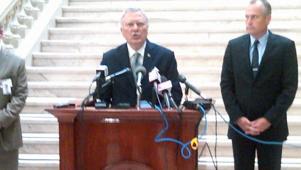 Gov. Deal makes GA 400 announcement