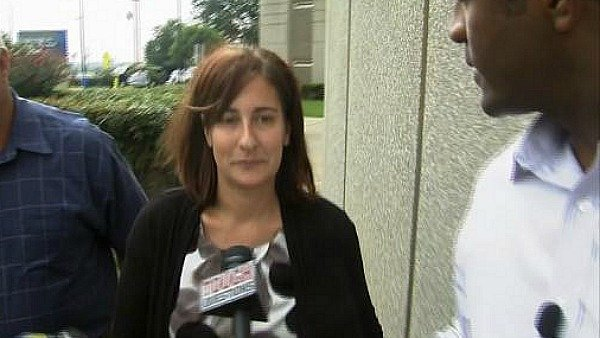 Sneiderman walks out of DeKalb County Jail