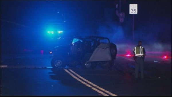 Mark Melvin/CBS Atlanta- Cobb County police investigate a fatal rollover crash early Thursday.