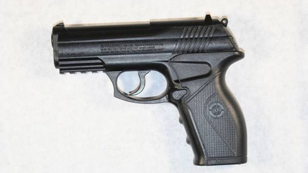 Gun that Le had in his hand