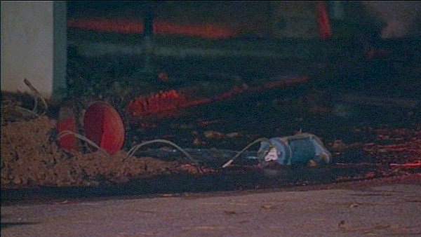 Mark Melvin/CBS Atlanta- Bubbles from the gas leak could be seen coming up from the water early Wednesday.