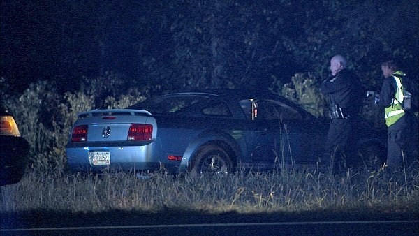 Mark Melvin/CBS Atlanta- Atlanta police pursued one suspect and a female driver to a Fairburn intersection.