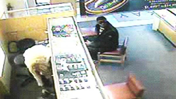 Cartersville police man behind three thefts at kay for T shirt printing cartersville ga