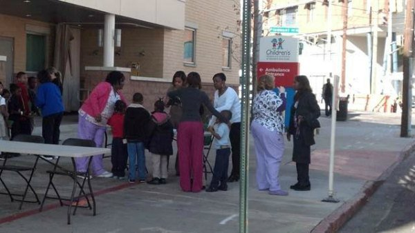© Students being checked in to Hughes Spalding