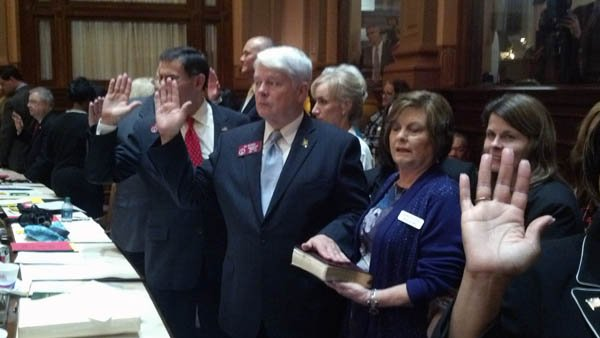 Legislators sworn in
