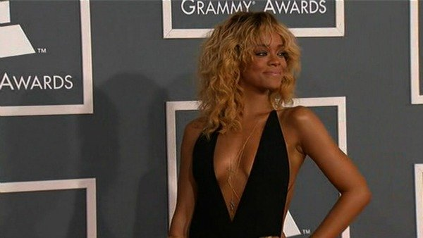 Rihanna at the 2012 Grammys (Source: CNN)