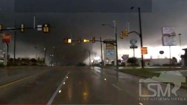 Video: Tornado rips through Hattiesburg, MS - WDAM-TV 7 ...