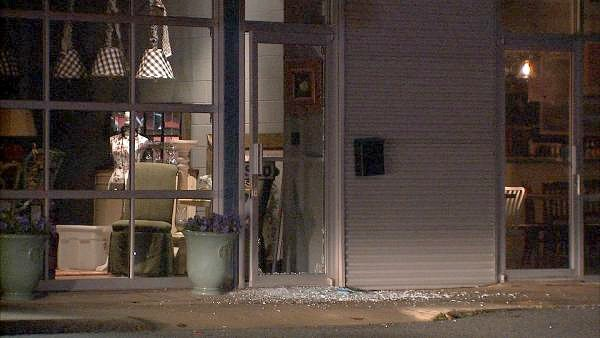"Mark Melvin/CBS Atlanta- Two stores, ""Interiors by Consignment"" and ""Urban Pl8"", were struck in the burglary."
