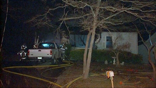 Mark Melvin/CBS Atlanta- A firefighter was injured while battling a northwest Atlanta house fire.