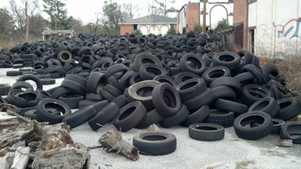 Tire dumpsite on Hightower Road in northwest Atlanta