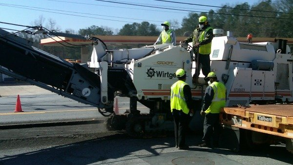 GDOT crews repairing Whitlock Avenue