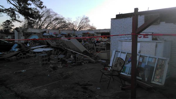 Strong winds ripped off the roof of the Silver Creek Mini-Mart.