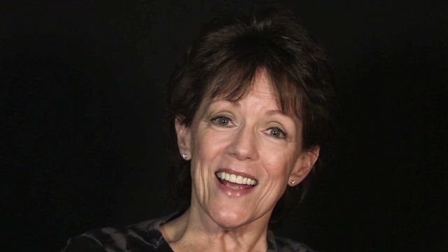 technology behind the siri Real voice of siri is susan bennett (cnn) i'm the original voice of siri that's the quote cnn attributes to susan bennett, a voice talent that says her voice was used for apple's virtual assistant.