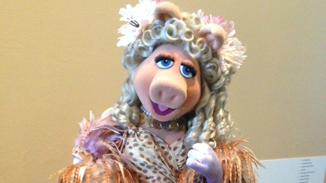 Miss Piggy to be on display at Center for Puppetry Arts