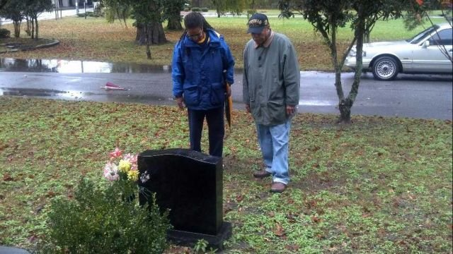 Audrey and Hal Jenkins visit the grave site for April Jenkins in Savannah
