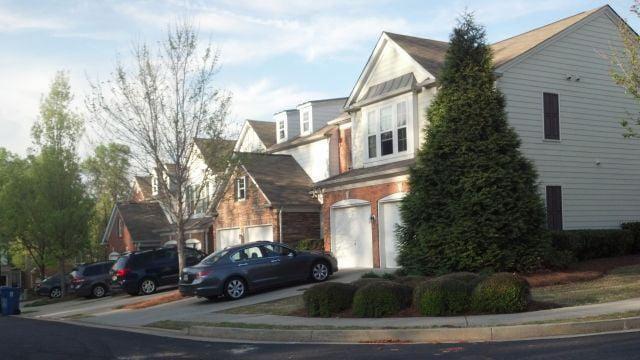 Residents Between Alpharetta Roswell Want ZIP Code Change CBS46 News