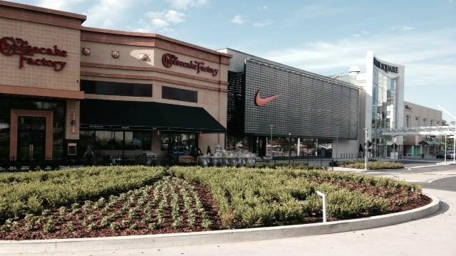 New stores, restaurants at Lenox Square in Buckhead