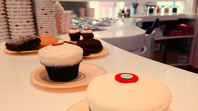 Sprinkles Cupcakes' new store at Lenox Square