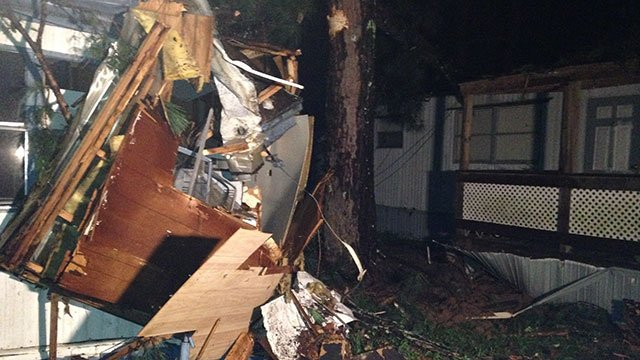 Strong Winds Topple Trees Damaging Mobile Homes In Fayette Coun