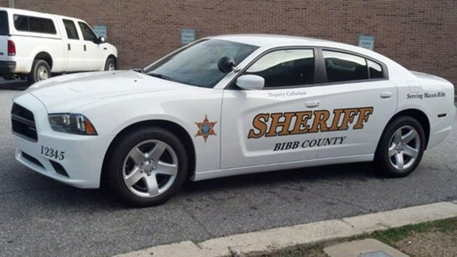 Authorities Macon Woman Stabs Husband With Screwdriver