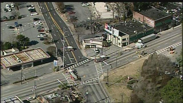 TRAFFIC: Busy Midtown intersection re-opens after gas leak