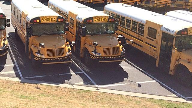 Fulton County Schools adds cameras to school bus stop arms - CBS46 ...