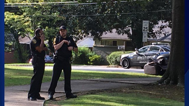 Lock Down Lifted At Columbia Elementary School 1 Man Shot Kfve
